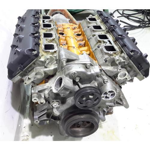 Engine  dodge charger 6.4cc 2013_3