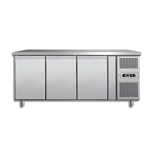 STAINLESS STEEL 3 DOOR REFRIGERATED COUNTER_2
