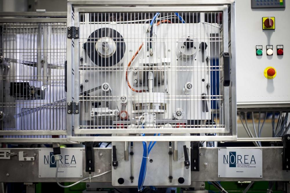 SVP 1 and 2 Semi-Automatic Filling & Packaging Machines_2