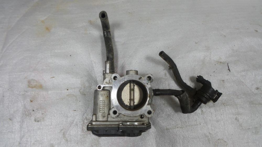Hyundai Accent 1.6 Throttle Body American_4