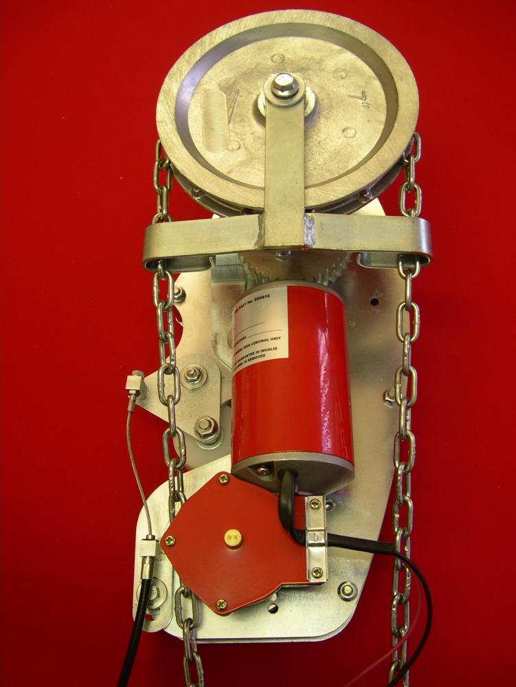 8826-3 MEDIUM DUTY COMMERCIAL SECTIONAL DOOR CHAIN HOIST OPERATOR_2