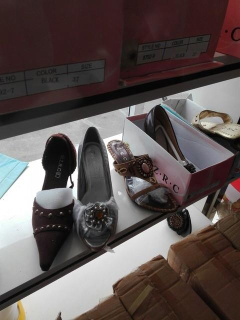 One Big Wholesale - Mixed Shoes - 50 container available_6