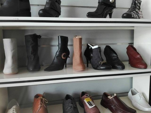 One Big Wholesale - Mixed Shoes - 50 container available_7