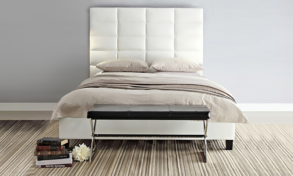 Luxurious Classic High-Profile Upholstered Bed_2