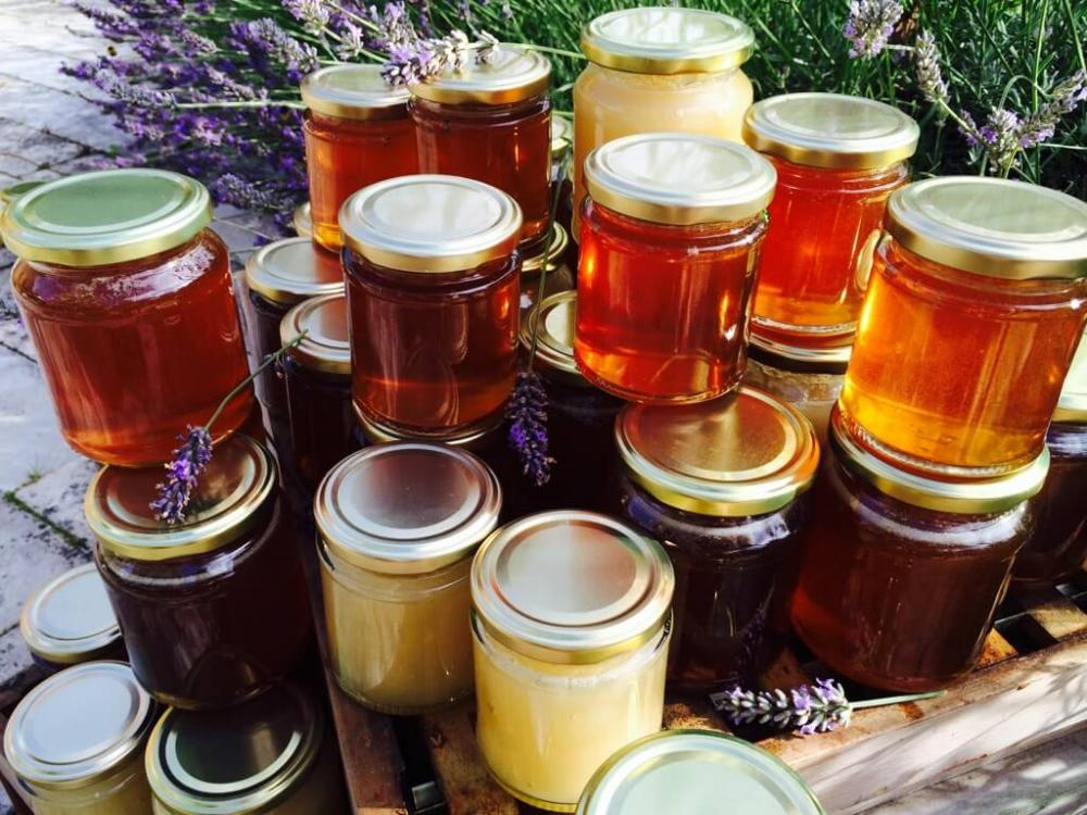 All kinds of bee honey from all over the world_2