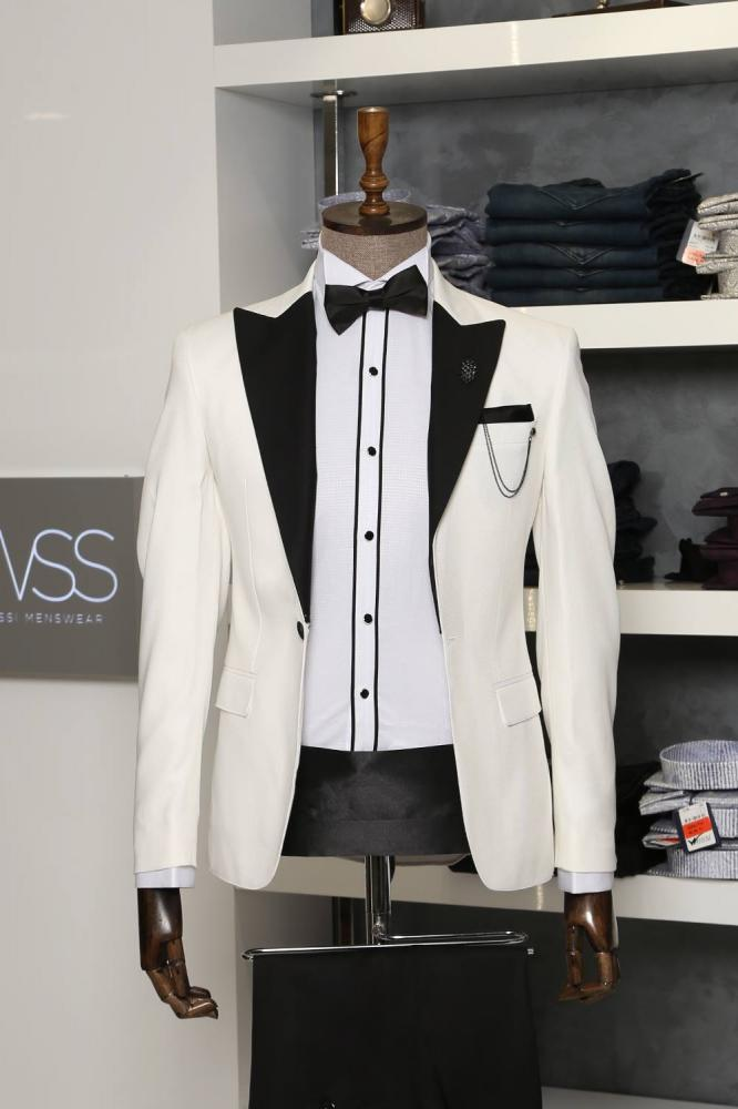 Peak Lapel 3 Piece White Tuxedo l Clothing Supplier_2