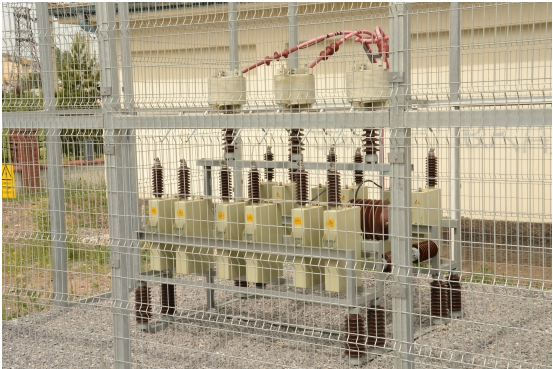 Medium Voltage Harmonic Filtering and Reactive Power Compensation Systems_2