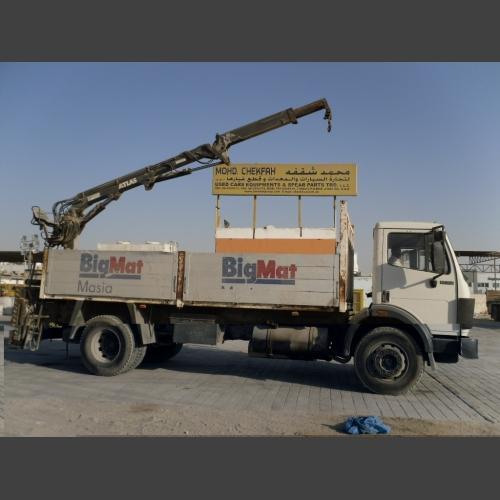 MERCEDES BENZ Truck with crane_2