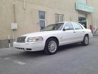 Full car Mercury Marquis  2011_4