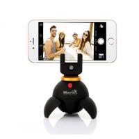 Selfie robot