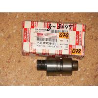 Isuzu 1-33373-058-3  speedometer driven gear bushing