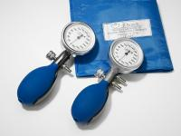 KONSTANTE I AND II Traditional sphygmomanometer with precise measurement technology