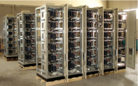 Low voltage reactive power compansation systems