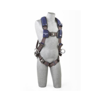1113055 Harness with aluminum Tech-Lite back and side D-rings and locking Duo-Lok quick connect buckles