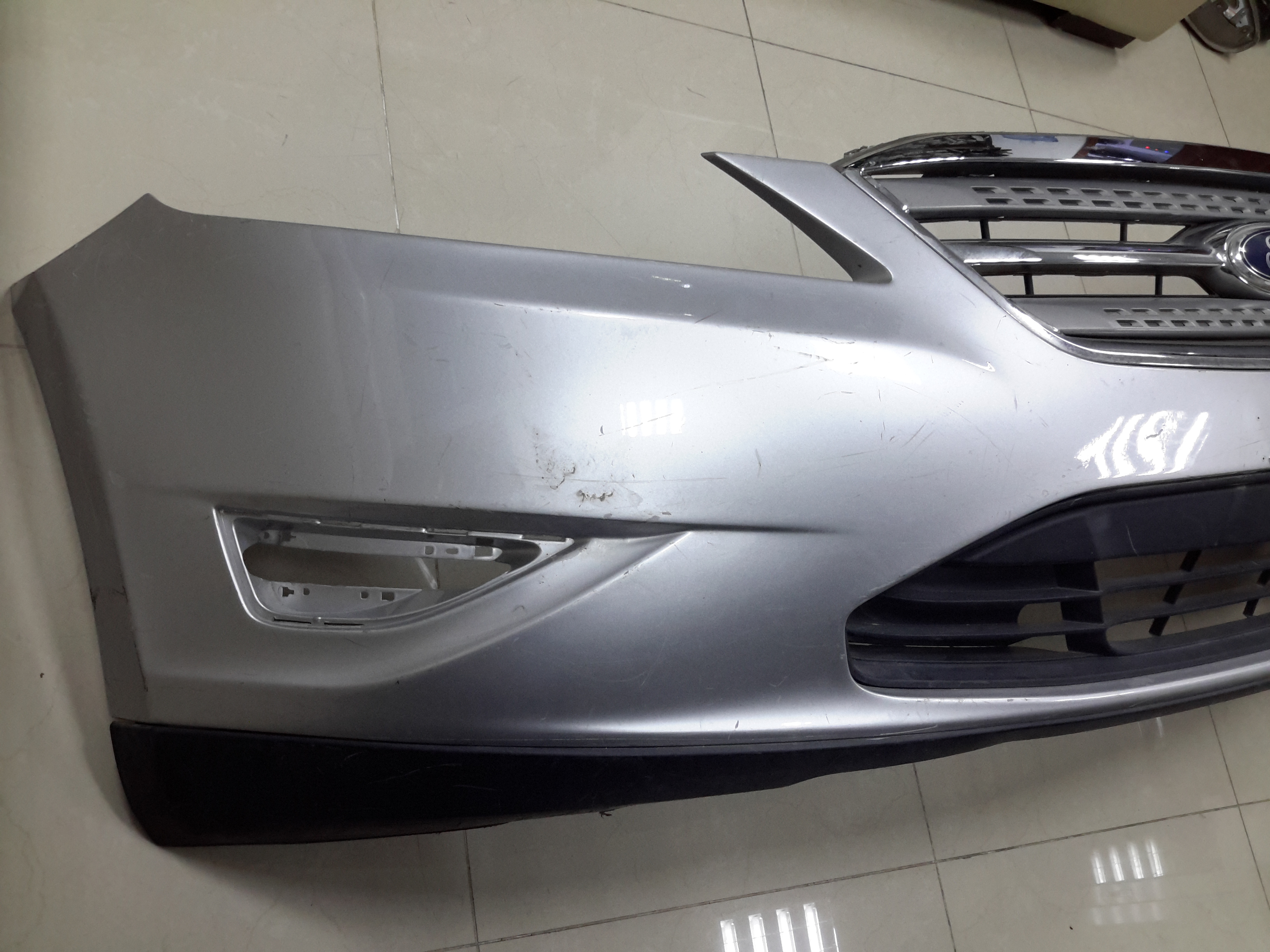 Front bumper ford taurus  2011_3
