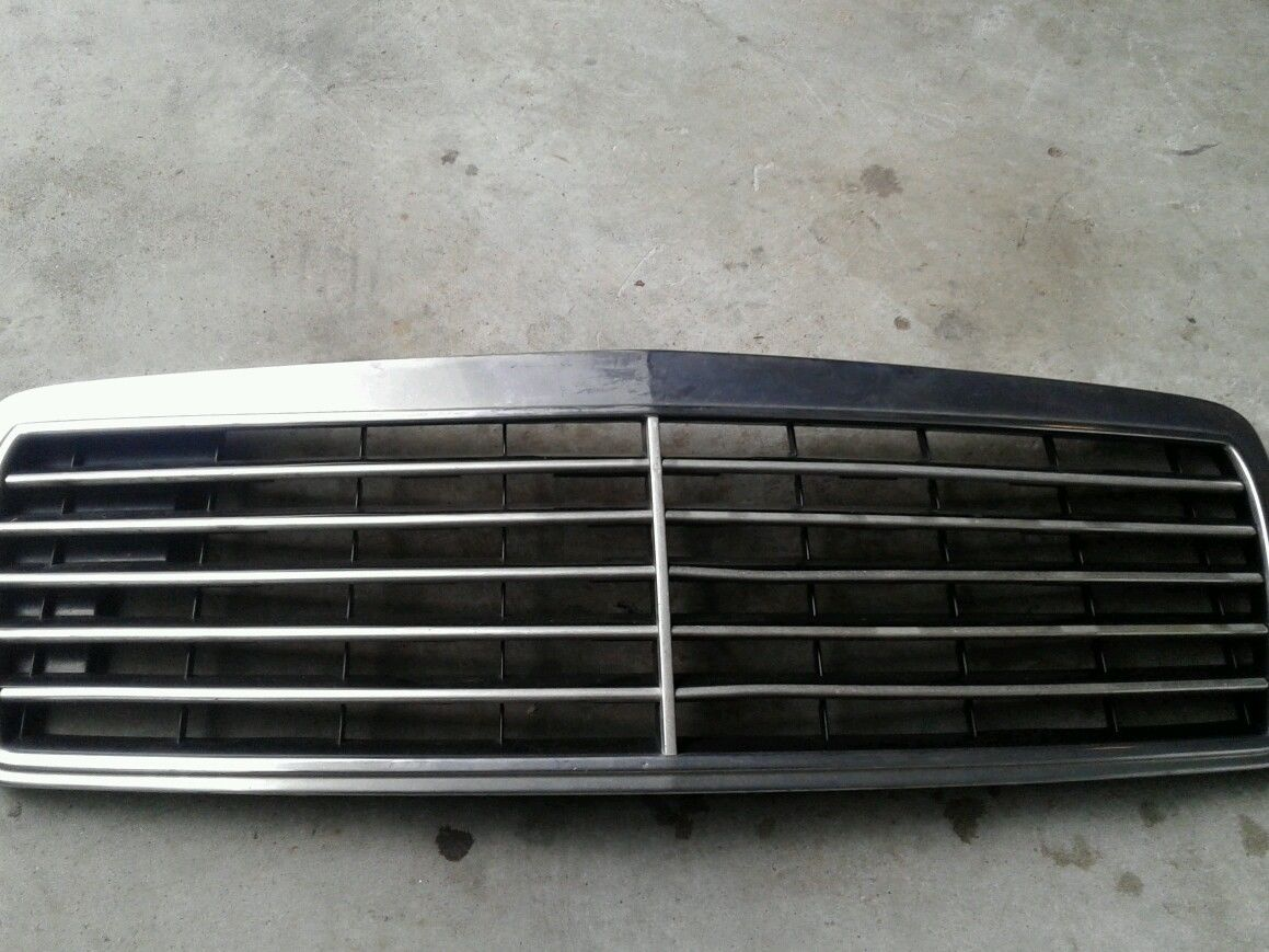 210 888 0123 grille