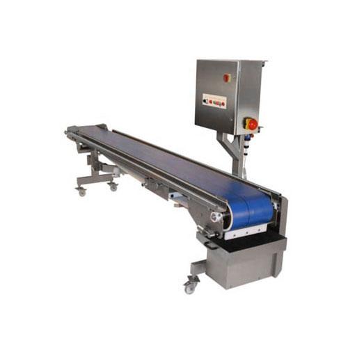 Sandwich assembly conveyor