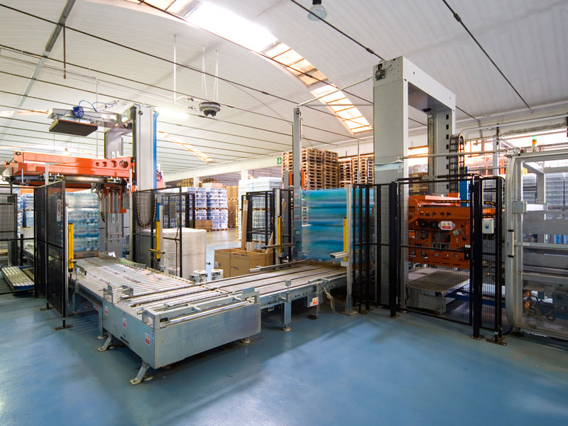 Standard high level and low level palletizers