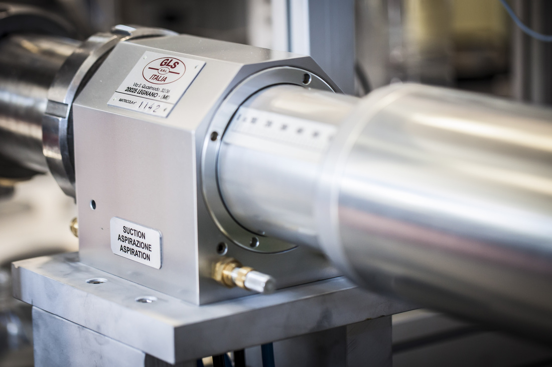 Series f - volumetric metering systems semi-automatic filling & packaging
