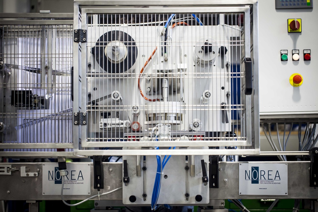 Svp 1 and 2 semi-automatic filling & packaging machines