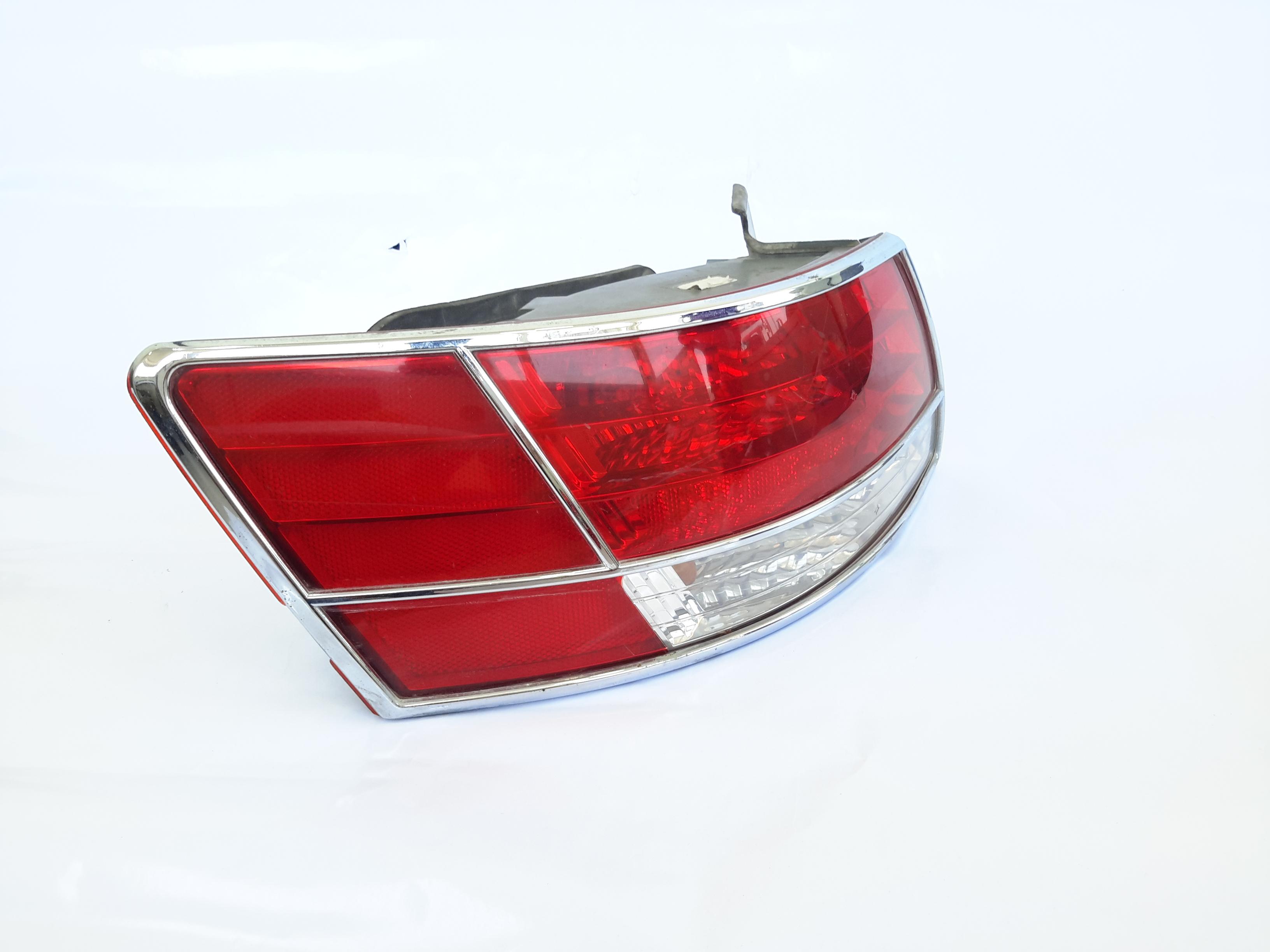 Hyundai sonata 2008 stpolight