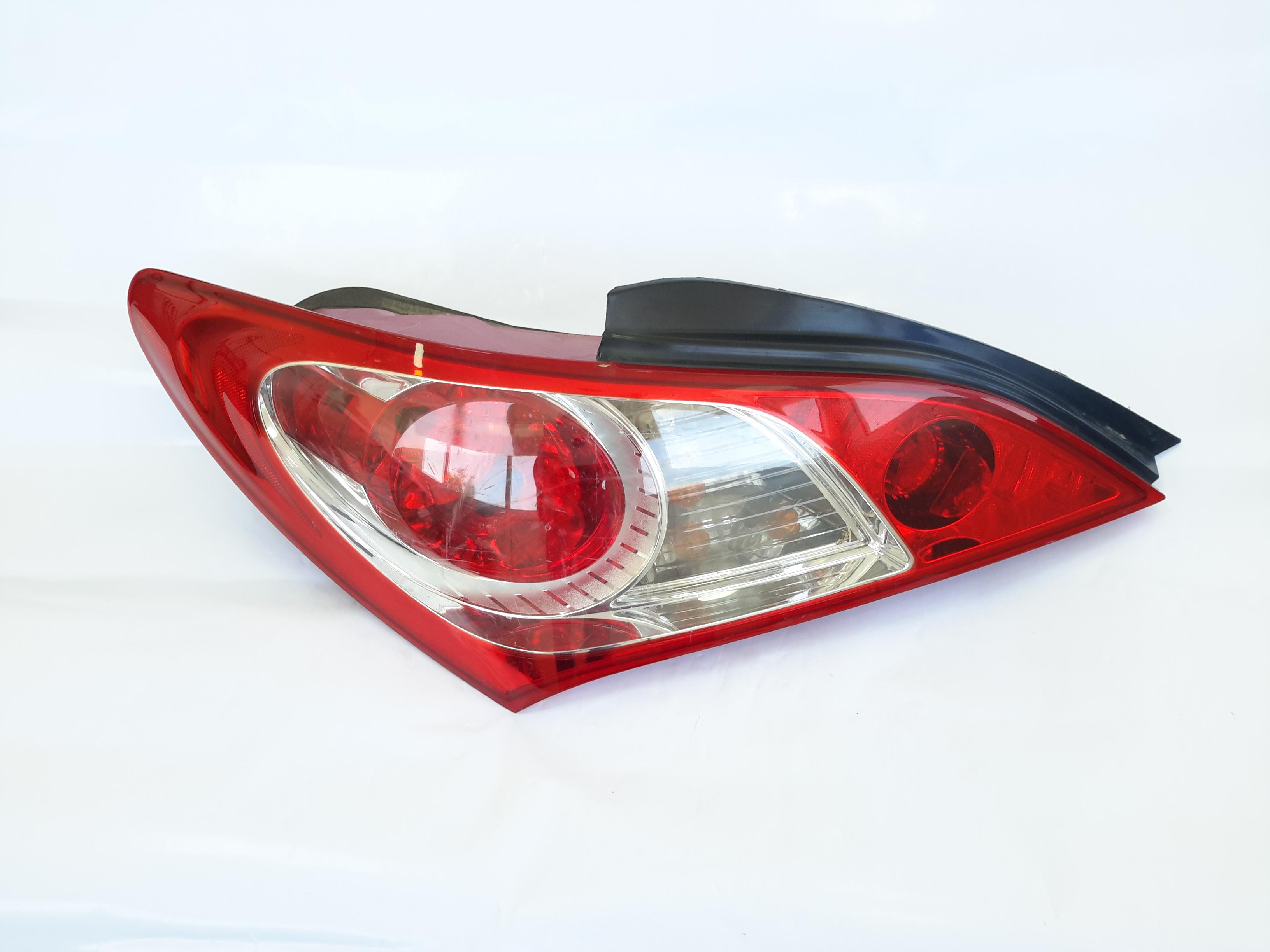 Hyundai genesis coupe 2010 stpolight