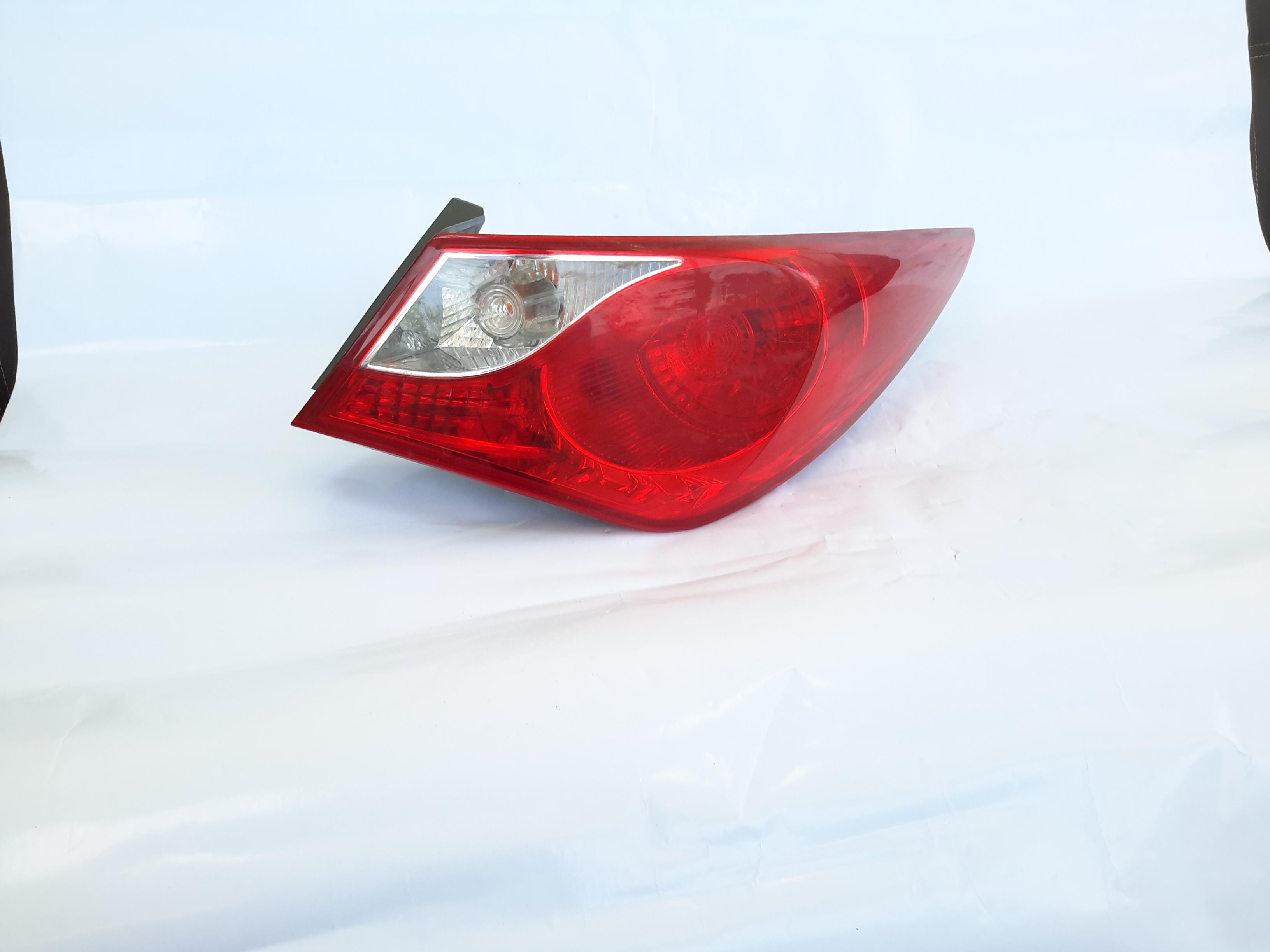 Hyundai sonata 2012 stpolight