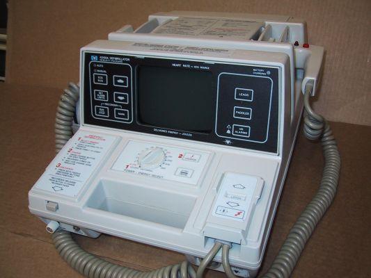 Hp 43100a- 43110a defibrillator-monitor