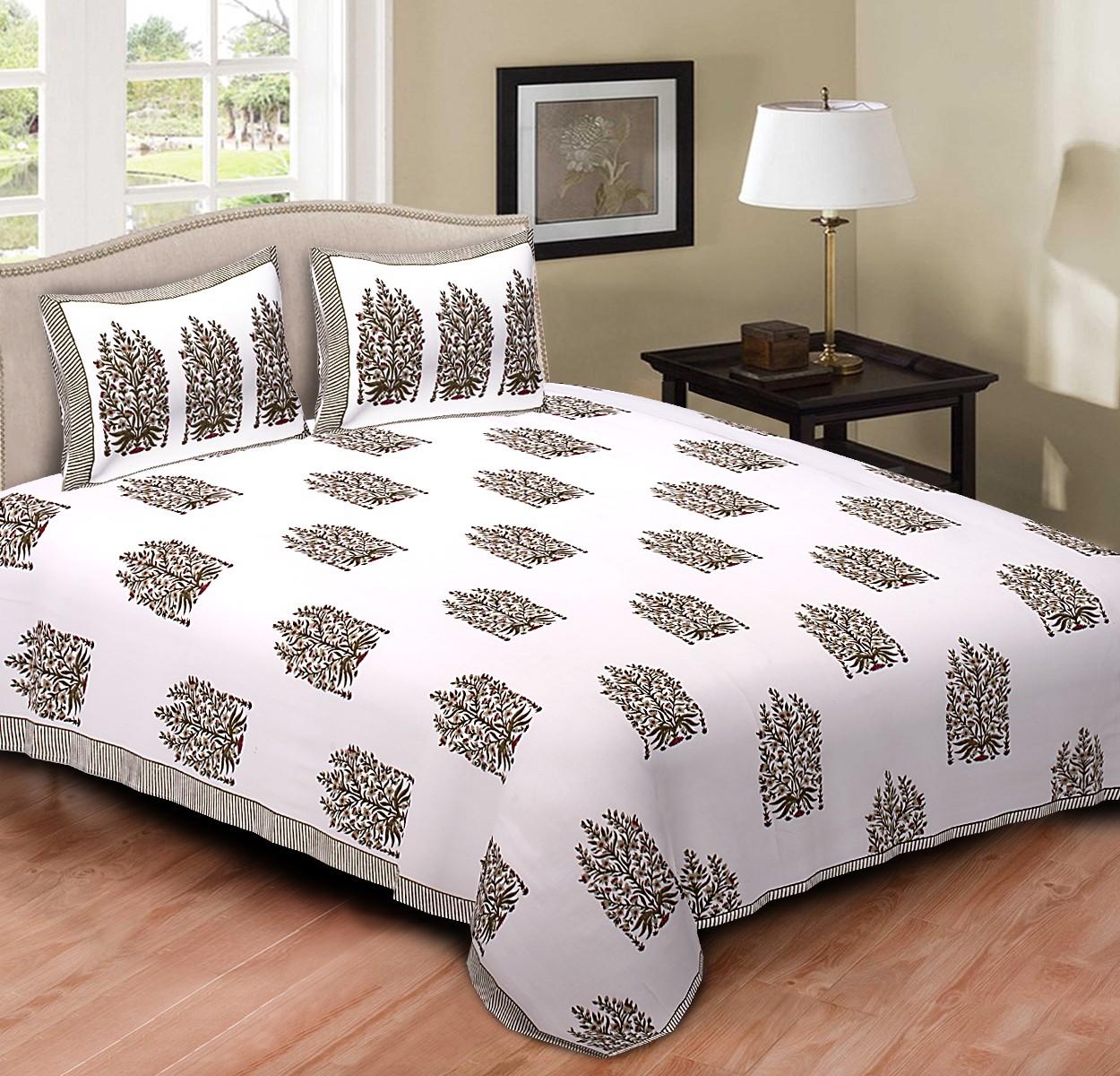 Bedspreads and bedsheet sets