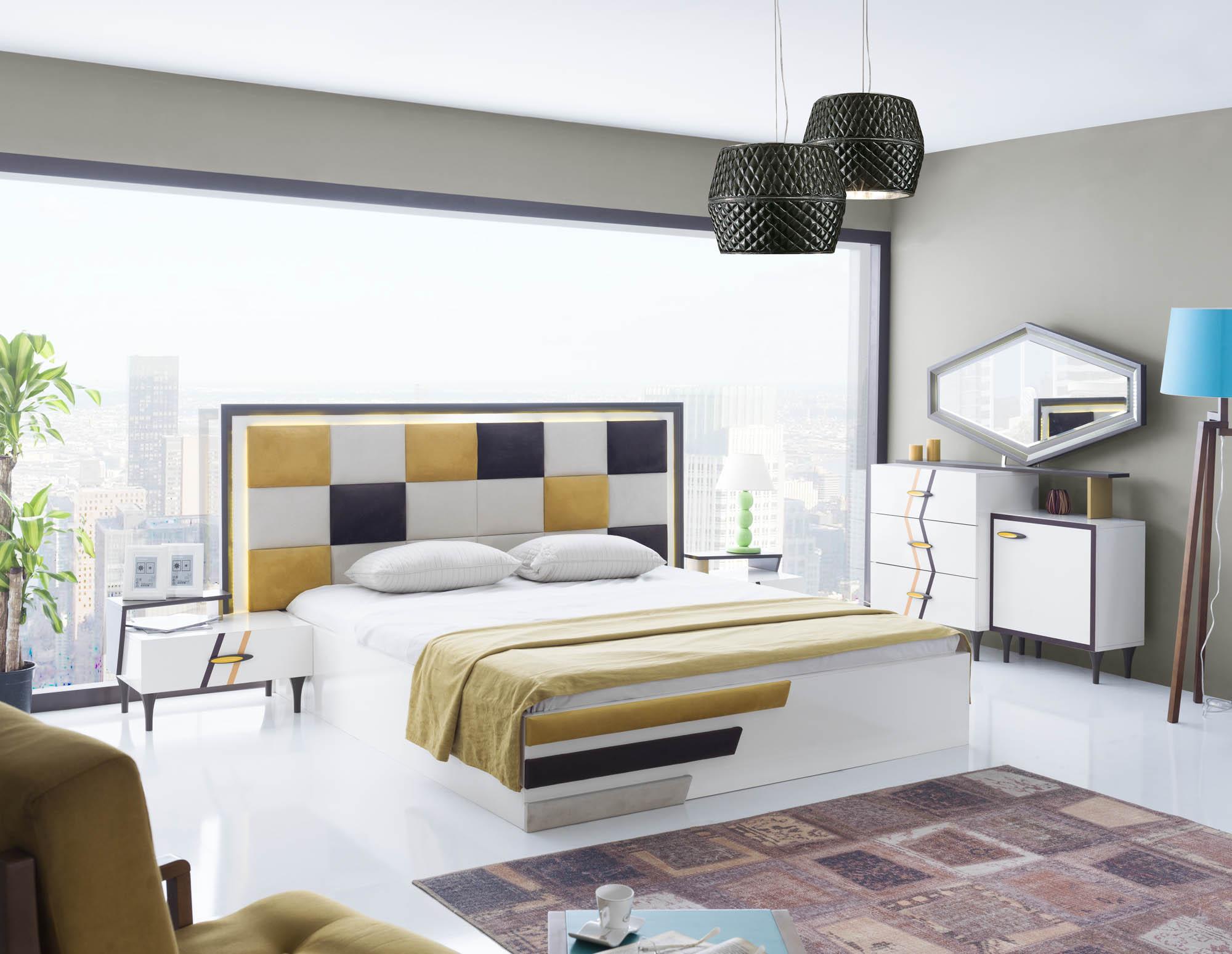 Zenn Bedroom