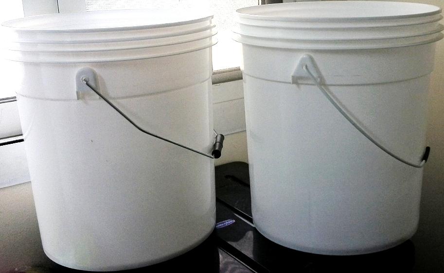 Plastic bucket pails 1usg,5usg ,4ltr 10 ltr, 15ltr 20ltr
