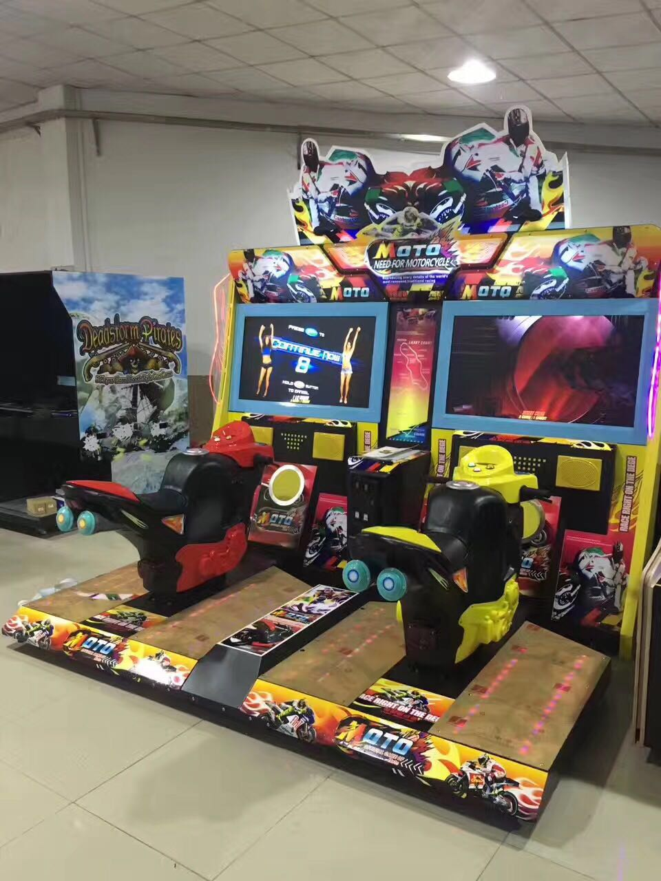Arcade Racing Car/Moto Game Machine-Offer OEM&ODM Service_4