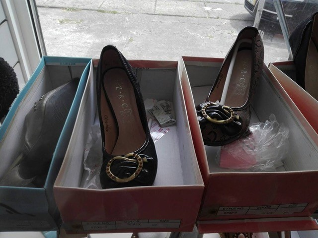 One big wholesale - mixed shoes - 50 container available