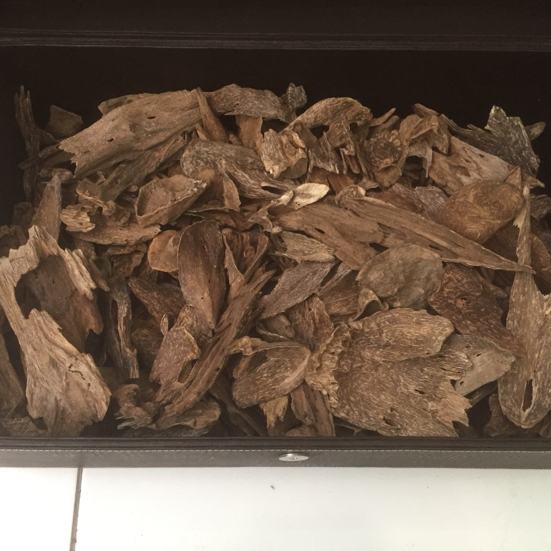 Sumbawa Agarwood Chips or Sumbawa Oud Oudh Chips 2.45kg_2