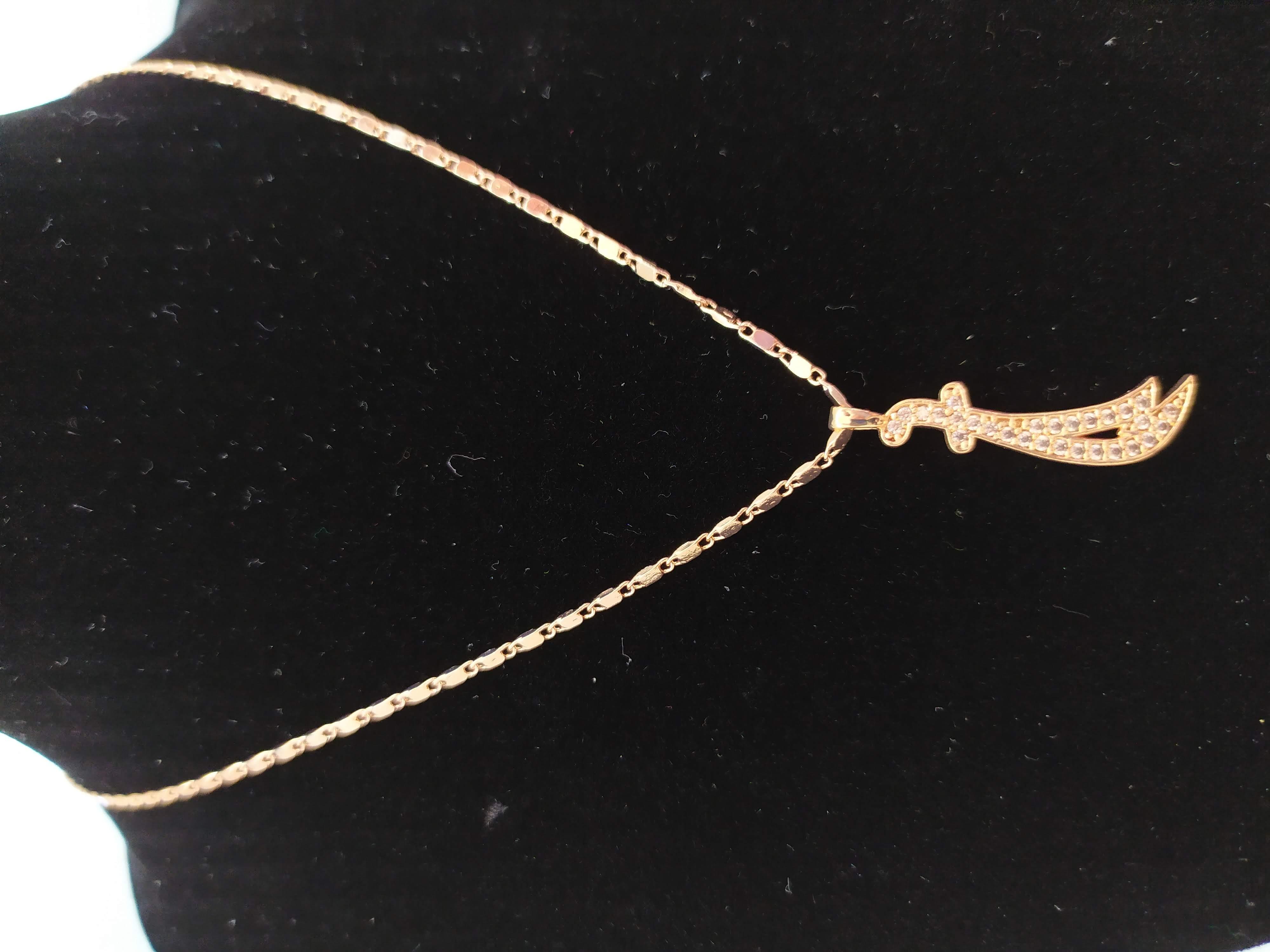قلادة مطلية بالذهب مع الزركون الممتاز. لا يسبب الحساسية ، لا تغميق / Gold plated necklace with premium zircon. does not cause allergies, does not darken_25