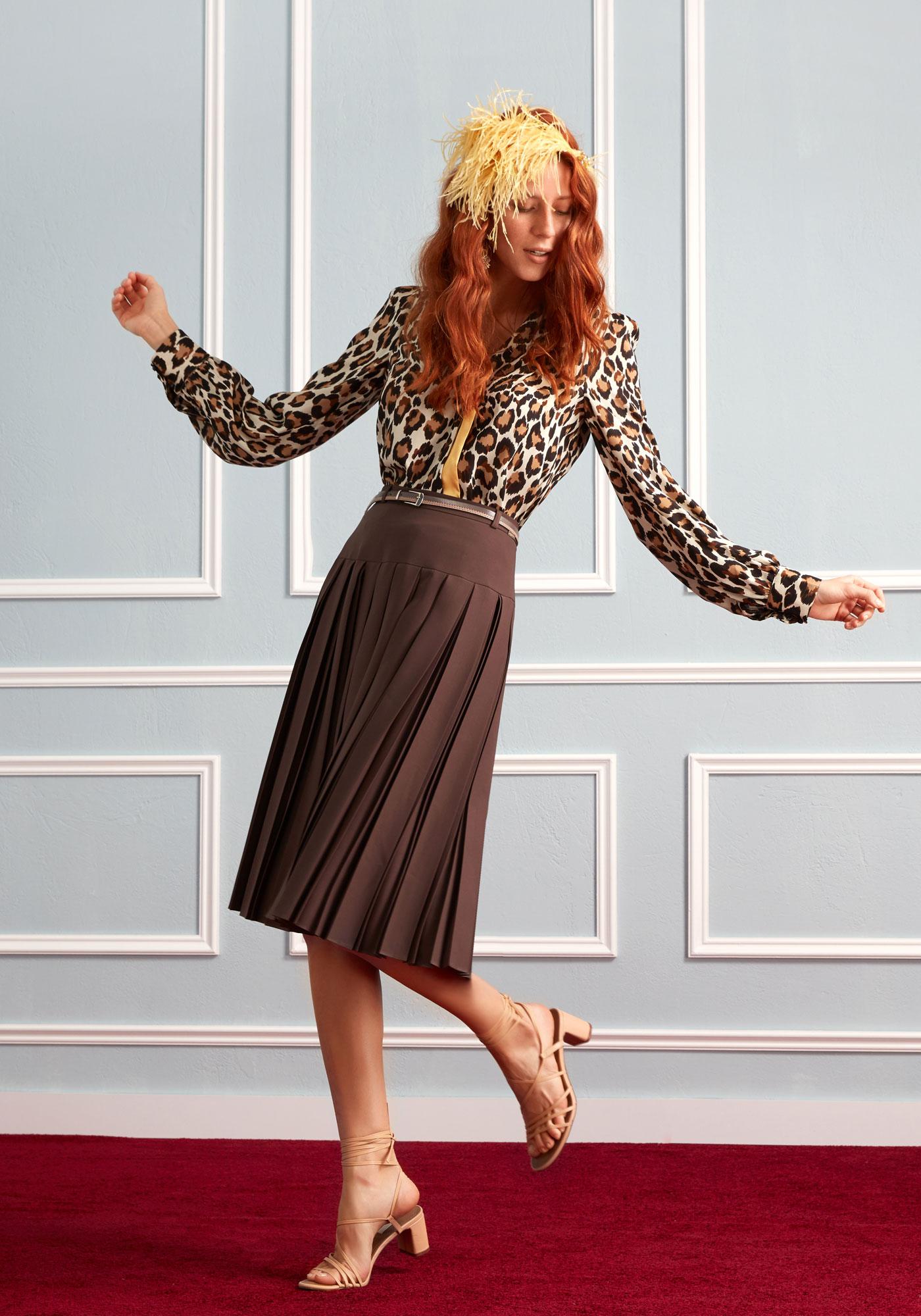 Guzella pleated skirt