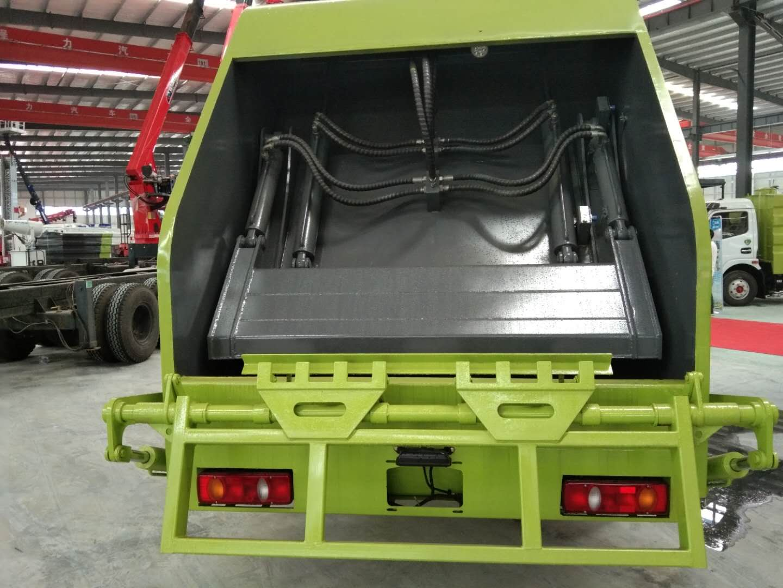 Compactor Garbage Trucks_3