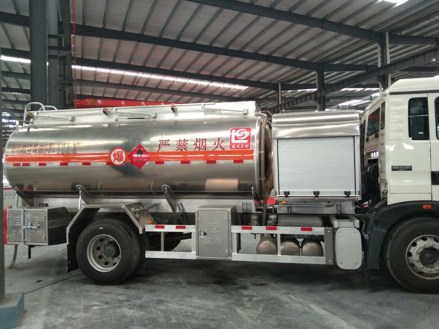 Anti-static refueler tanker trucks