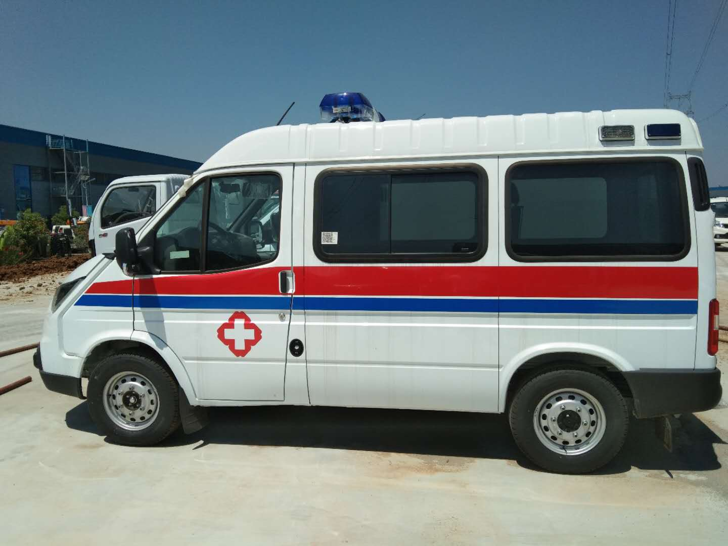 New Ambulance Vehicles for Fighting COVID-19_2