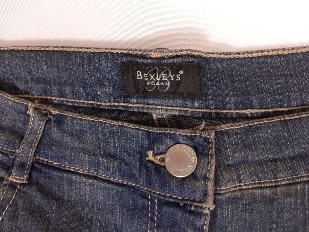 Lot of bexley jeans for women