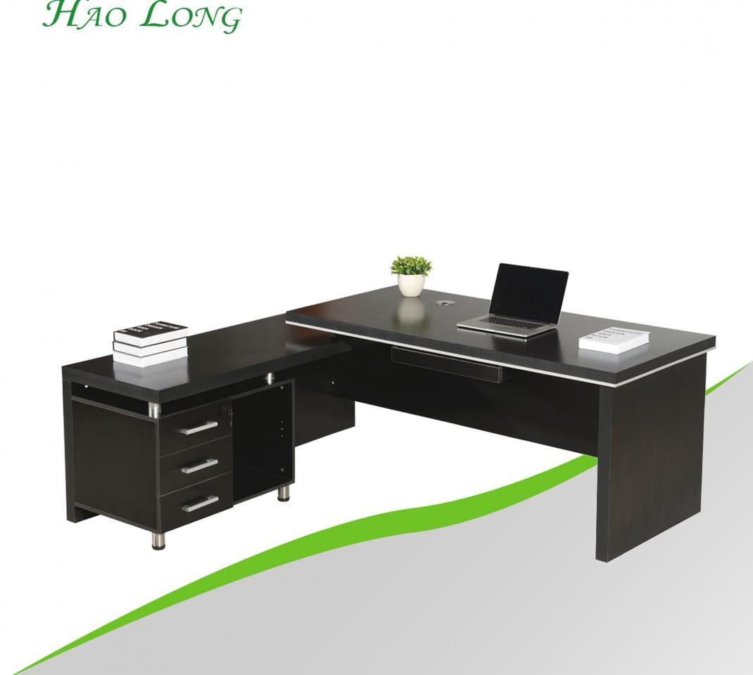 Executive boss table