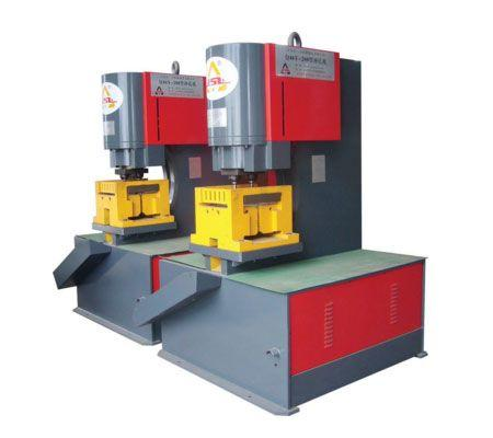 Hydraulic power punching machine