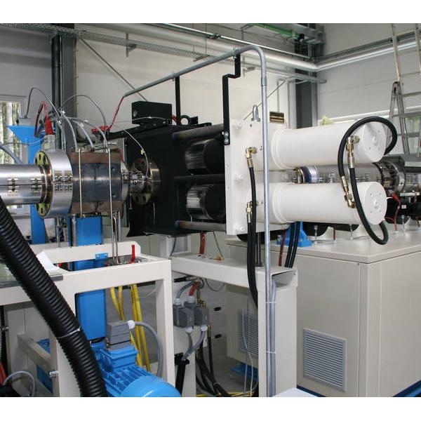 Melt filtration unit