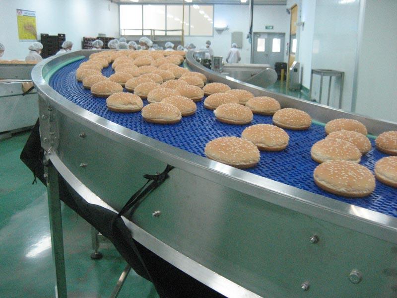 Conveyor for bakery line