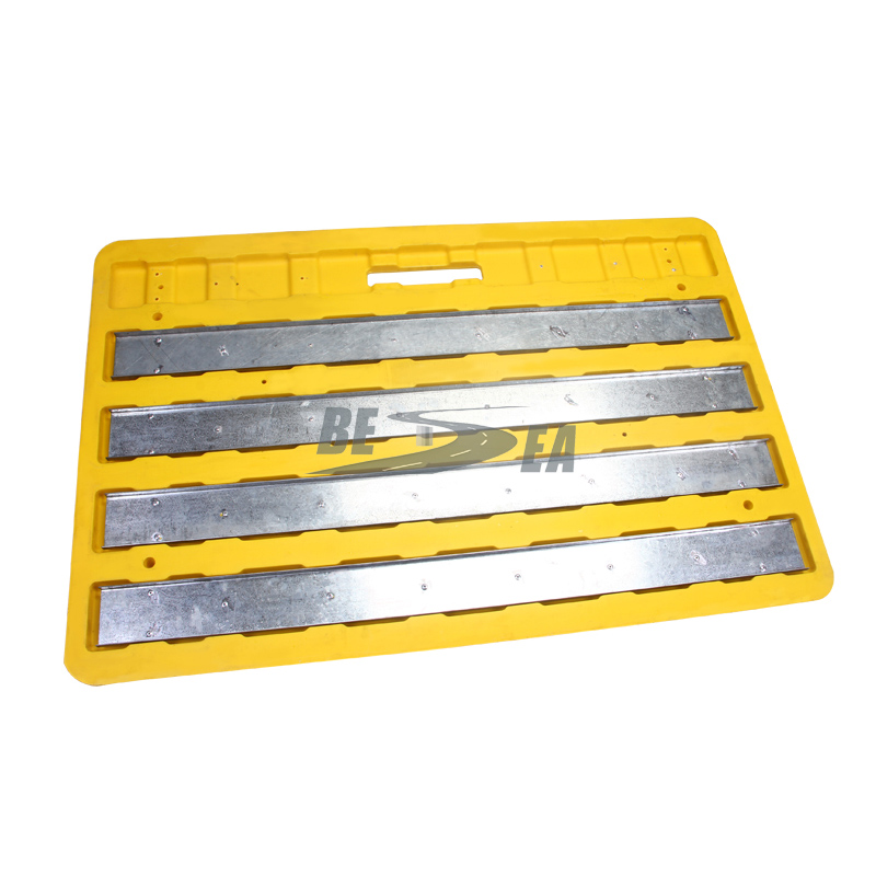 Steel Retainer Plastic Road Safety Trench Cover_3