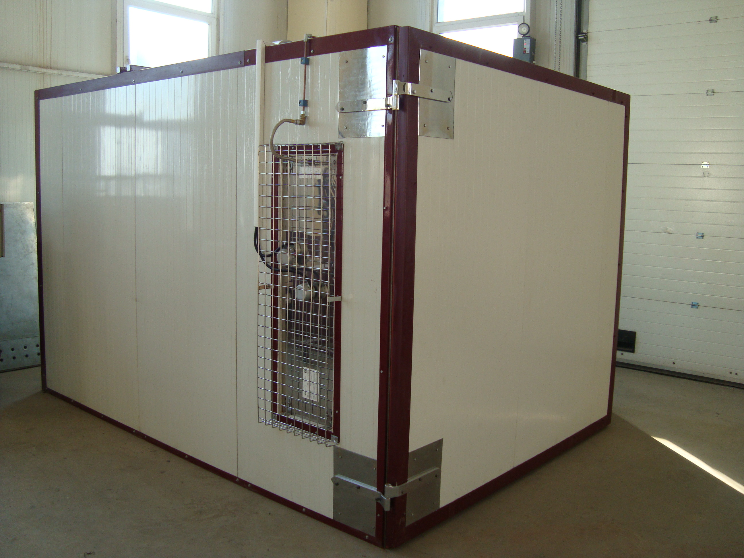 Liquid paint drying ovens / box type infrared ovens