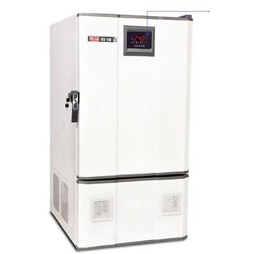 Cooling incubators