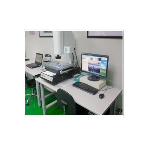 Vision measuring machines 2.5d