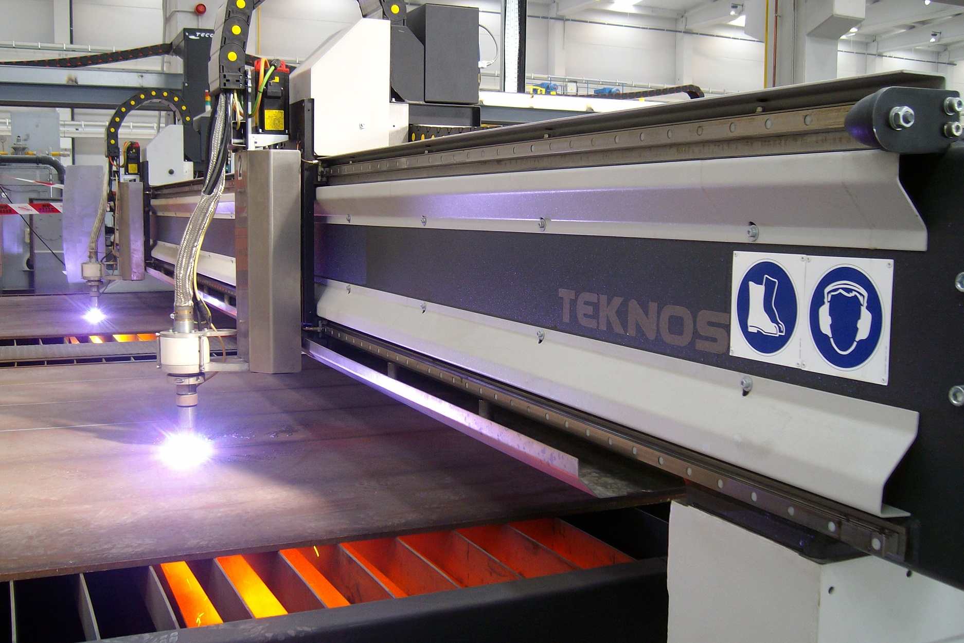 Cnc plate processing line