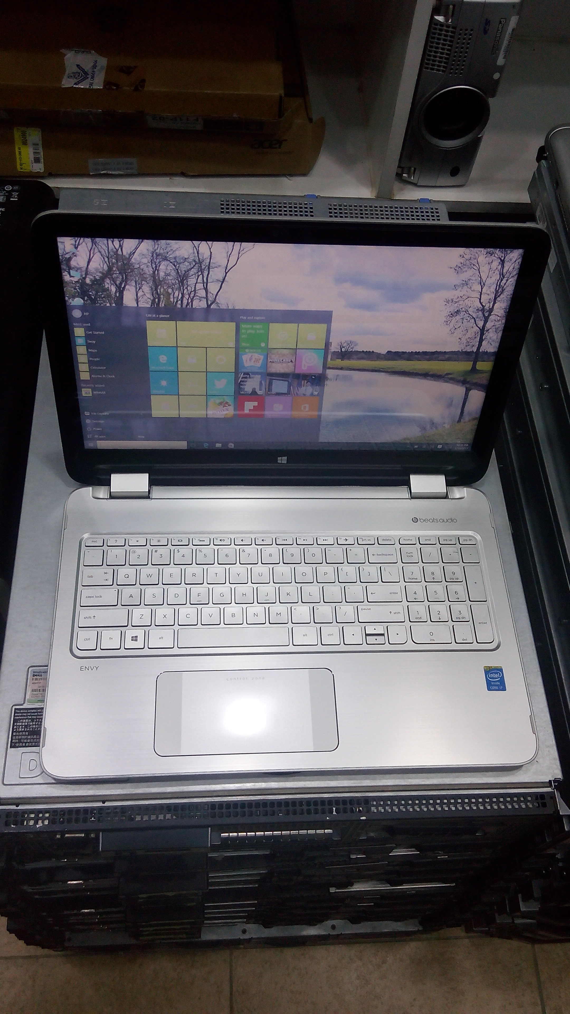HP Envy X360 Intel Core i7 (15-U011DX)_3